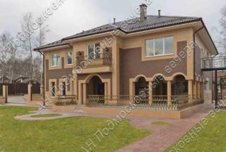 Дом, площадью 580 кв.м