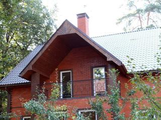 Дом, площадью 380 кв.м