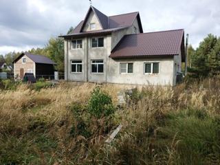 Дом, площадью 350 кв.м