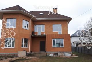 Дом, площадью 232 кв.м
