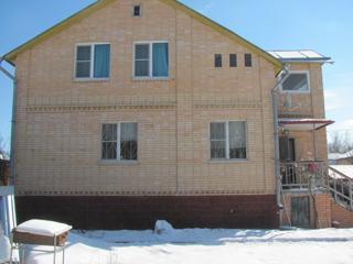 Дом, площадью 185 кв.м