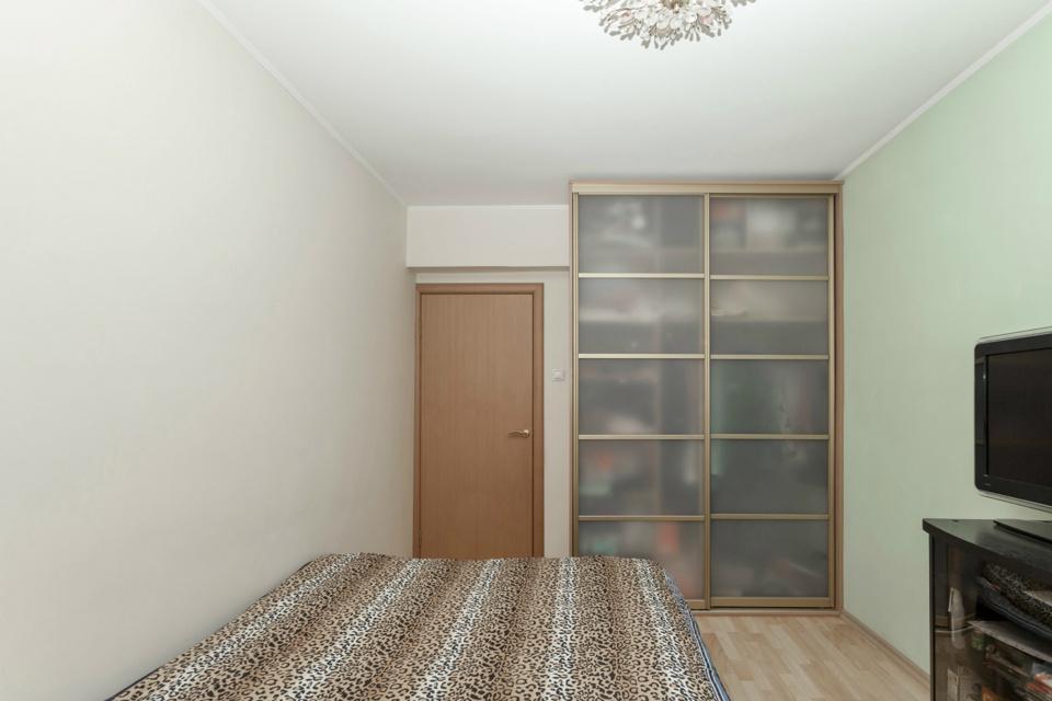 Продается 2-комнатная квартира, площадью 42.00 кв.м. Москва, улица Верхняя, дом 14