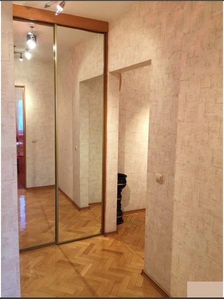 Продается 3-комнатная квартира, площадью 64.00 кв.м. Москва, улица Краснобогатырская