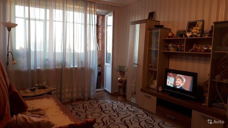Продается 2-комнатная квартира, площадью 52.00 кв.м. Московская область, Серпуховский район, поселок Большевик, улица Ленина, дом 11