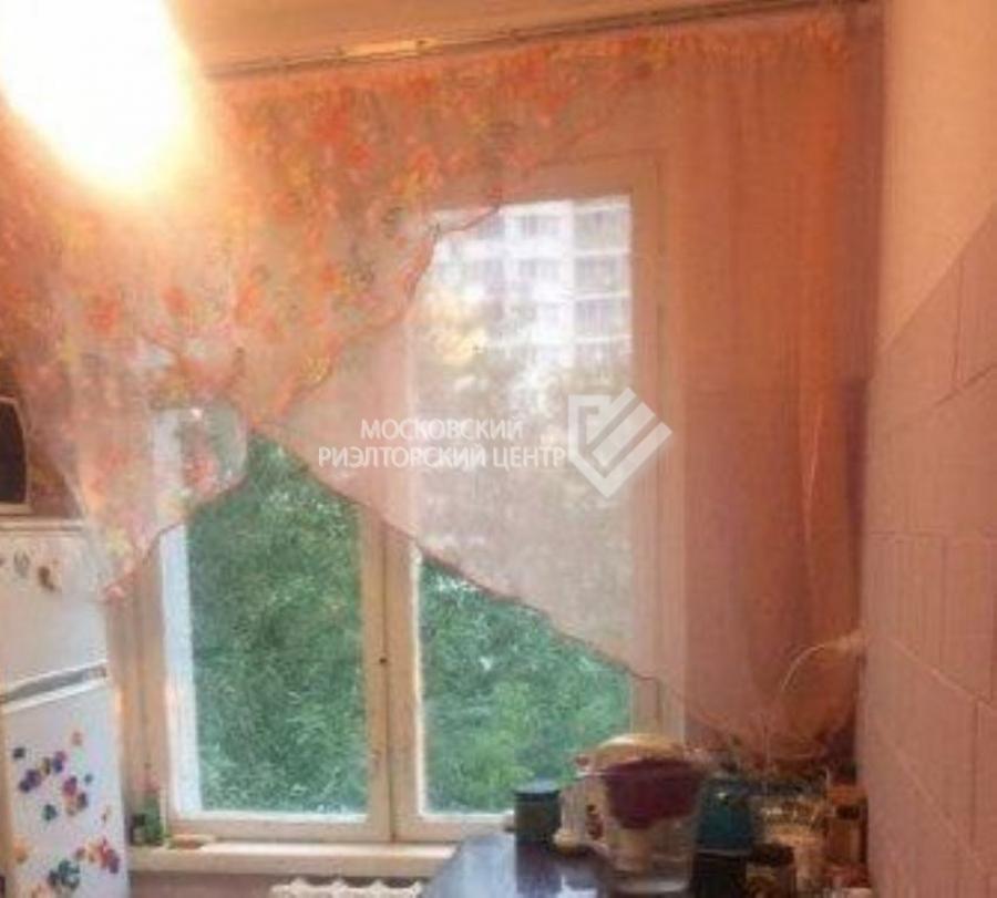 Продается 1-комнатная квартира, площадью 32.00 кв.м. Москва, улица Соколиной Горы 5-я, дом 21к3