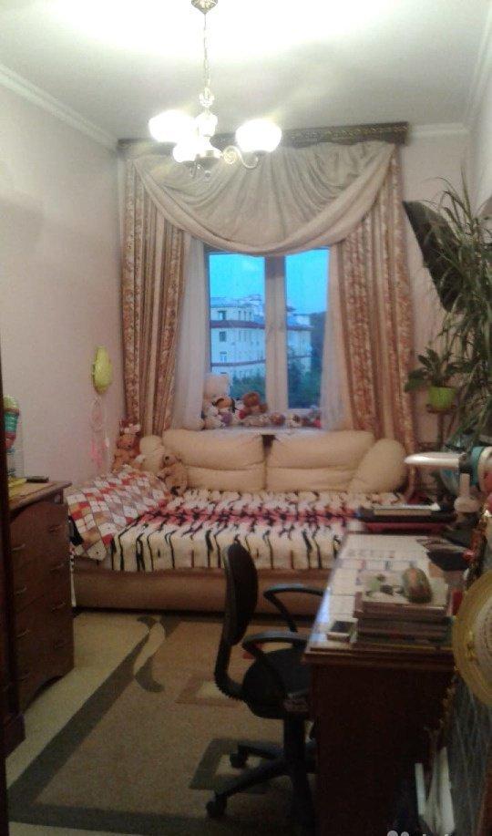 Продается 4-комнатная квартира, площадью 100.00 кв.м. Москва, набережная Фрунзенская