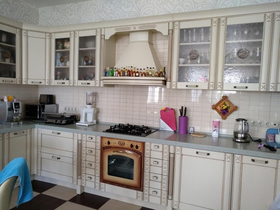 Продается дом, площадью 450.00 кв.м. Московская область, Мытищи городской округ, поселок Вешки