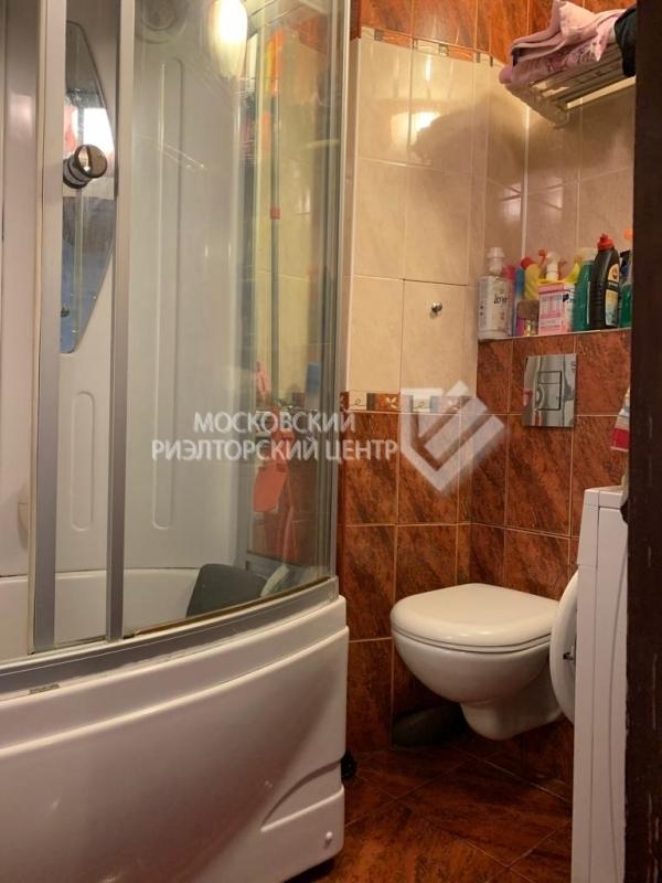 Продается 2-комнатная квартира, площадью 52.20 кв.м. Москва, улица Демьяна Бедного, дом 6к2