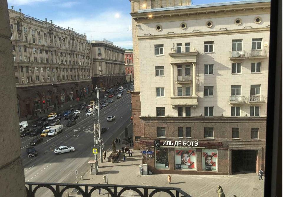Продается 5-комнатная квартира, площадью 134.90 кв.м. Москва, улица Тверская, дом 4