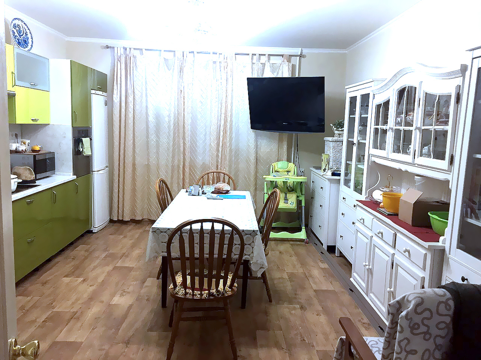 Продается 5-комнатная квартира, площадью 108.00 кв.м. Московская область, Солнечногорский район, рабочий поселок Ржавки, дом 18
