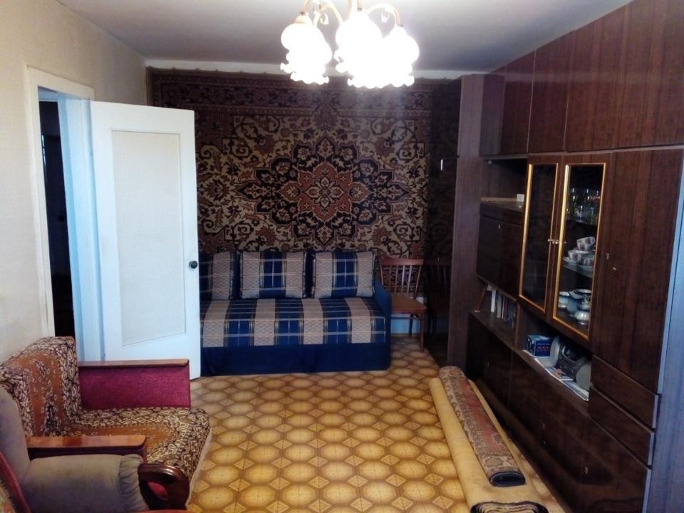 Продается 2-комнатная квартира, площадью 44.00 кв.м. Московская область, Кашира городской округ, город Кашира, улица Садовая, дом 30