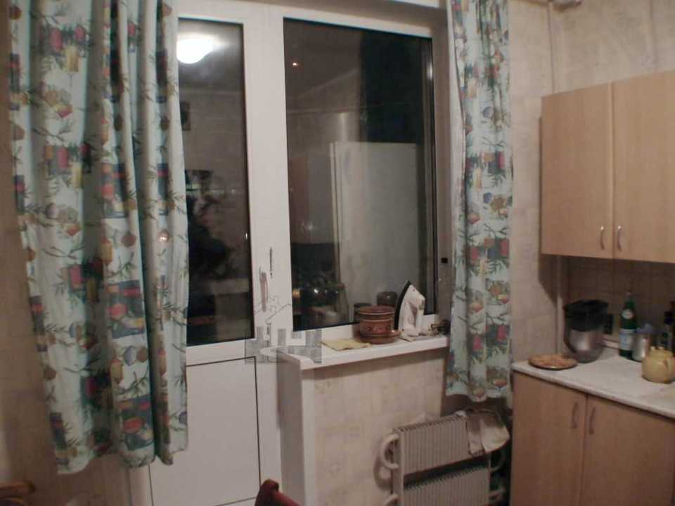 Продается 3-комнатная квартира, площадью 64.00 кв.м. Москва, Строгинский бульвар, дом 17к1
